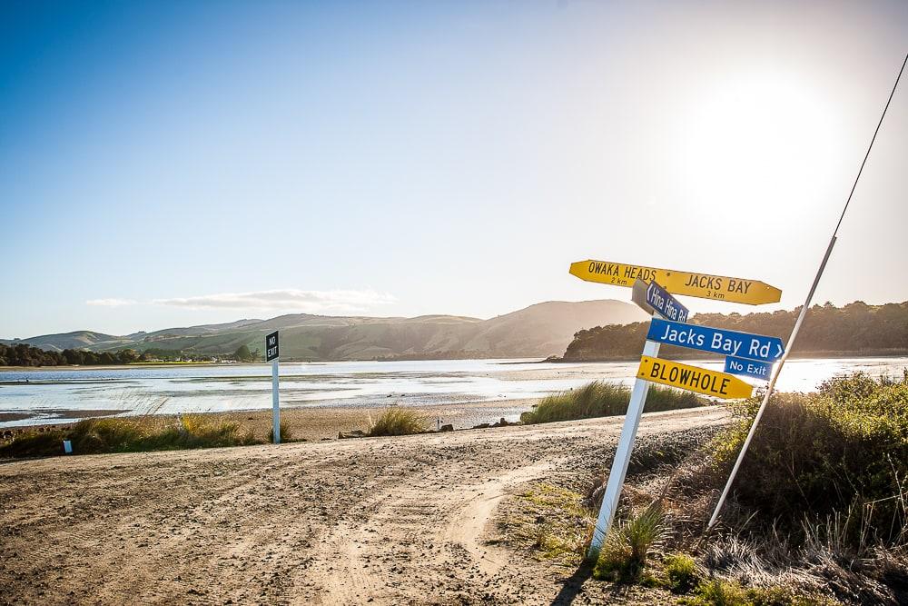 Wegweiser Schild Blow Hole in Neuseeland