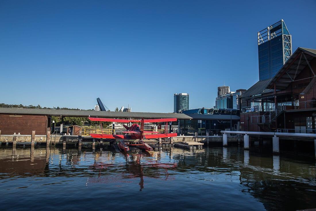 Wasserflugzeug im Hafen von Perth